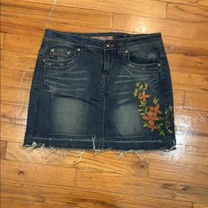 Embroide Jean skirt